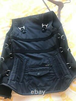 Oakley Standard Issue Tactical Field Gear Vest RARE Size medium GREAT condition