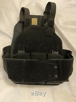 SKD Tactical PIG Plate Carrier, Size Large, With3 Mag Holder